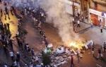 Νύχτα έντασης, ξημέρωμα οργής και απεργίας στην Κωνσταντινούπολη