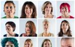 Μητέρες ξυρίζουν το κεφάλι τους ως ένδειξη συμπαράστασης στα άρρωστα παιδιά τους (φωτό)