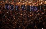 Όλες οι εξελίξεις για την πολύνεκρη επίθεση στο Παρίσι